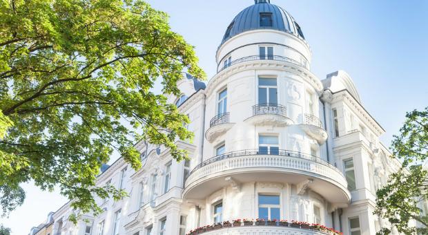 In Berlin-Mitte muss man bis zu 19.000 Euro pro Quadratmeter bezahlen, wenn man in einer exklusiven Lage wohnen möchte.