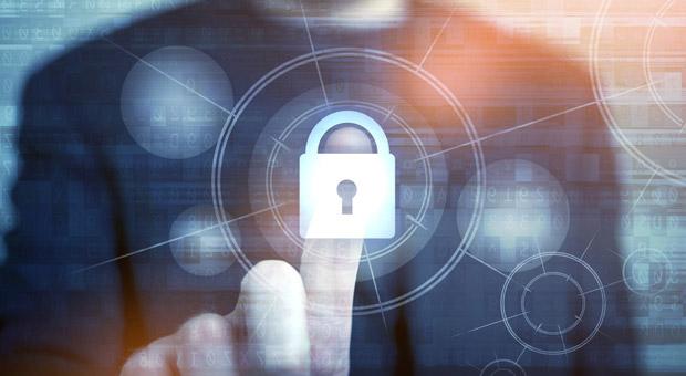 Eine sichere Sache? Die Datenschutzerklärung soll Verbraucher aufklären. Fehlt sie, kann es für den Website-Betreiber teuer werden.