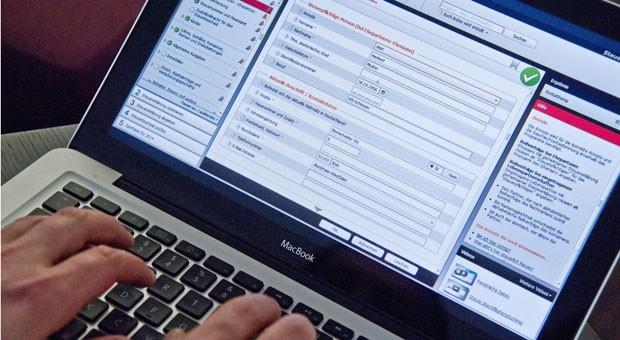 Steuersoftware stellt dem Anwender die richtigen Fragen und präsentiert am Ende eine fertig ausgefüllte elektronische Steuererklärung.