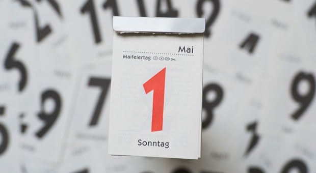 Der 1. Mai fällt in diesem Jahr auf einen Sonntag. Nun ist eine Debatte darüber entbrannt, ob Feiertage in Deutschland nachgeholt werden sollten.