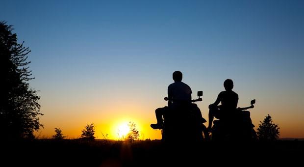 Was gibt es Schöneres als am Ende einer Motorrad-Tour den Sonnenuntergang zu beobachten?