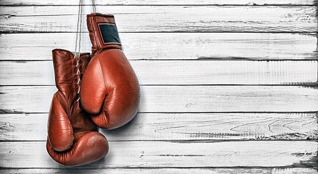 Die Boxhandschuhe bleiben am Haken: Mit einer konstruktiven Streitkultur müssen Meinungsverschiedenheiten nicht gleich mit einem Faustkampf enden.