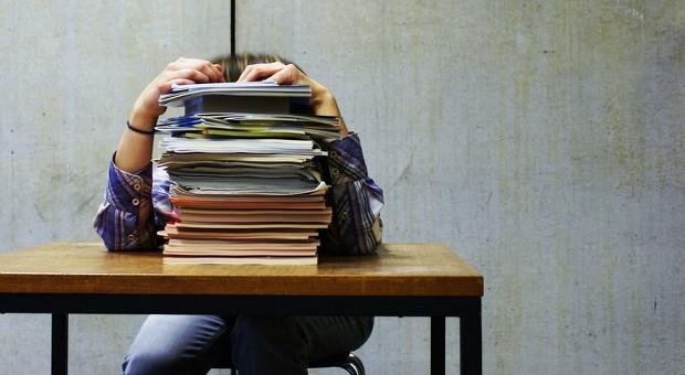 Nicht nur Bewerber, sondern auch die Personaler sind beim Absageschreiben gestresst.
