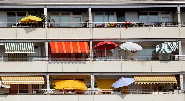 balkonnutzung was ist auf dem balkon erlaubt impulse. Black Bedroom Furniture Sets. Home Design Ideas