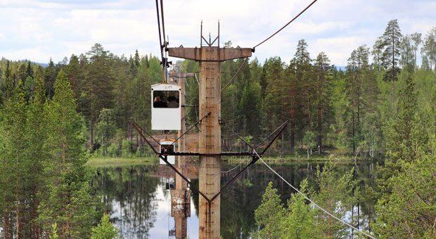 In circa zwei Stunden überqueren die Fahrgäste der Linbana dichte Birkenwälder, Bäche und Seen in der Provinz Västerbotten.