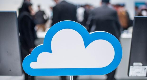 Ab in die Wolke! Wer keinen Cloudspeicher mieten will, kann in der Firma eine eigene Cloud auf einem Netzwerkserver einrichten.