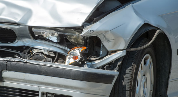 Wer mit seinem Firmenwagen einen Unfall hat und von der Versicherung eine Ausfallentschädigung bekommt, muss diese versteuern.