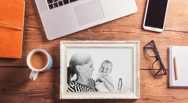 Mutter sein und als Selbstständige durchstarten - das geht. Mompreneure erzielen in 2016 einer Studie zufolge 42,4 Milliarden Euro Umsatz.