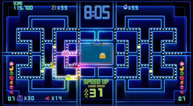 """""""Pac-Man"""" frisst sich auch auf dem Smartphone fleißig durchs Labyrinth. Dem gelben Ball immer auf den Fersen: die Geister Blinky, Pinky, Inky und Clyde."""