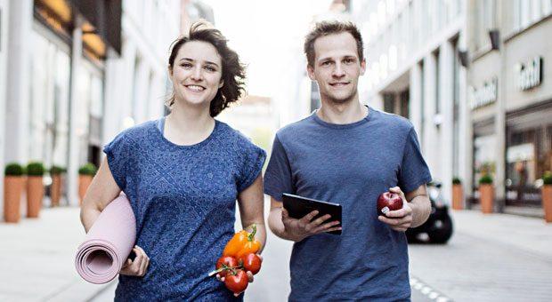 Melina Lauk, 25, und Jirko Kampa, 27, haben Wheasy gegründet und entwickeln Gesundheitskonzepte für die Mitarbeiter kleinerer Firmen.