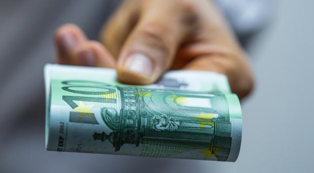Dank der Gesetzesänderungen im August 2016 haben einige Deutsche mehr Geld zur Verfügung.