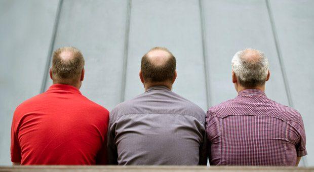 Wenig Haare, viel Erfahrung: Wie gelingt es, dass ältere Mitarbeiter bis zur Rente motiviert bleiben?