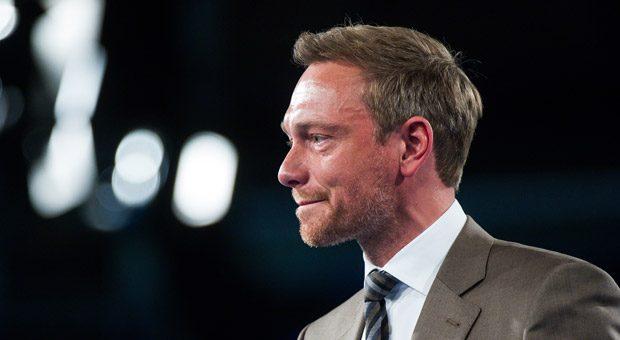 Es ist 16 Jahre her, dass Christian Lindner mit einer Geschäftsidee scheiterte. Es nervt den FDP-Chef, dass ihm das heute noch vorgehalten wird. Es sei Zeit für eine neue Fehlerkultur.