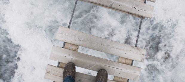 Nicht alle Gefahren sind so offensichtlich wie ein kaputte Brücke. Wie geht Ihr Unternehmen mit Risiken um?