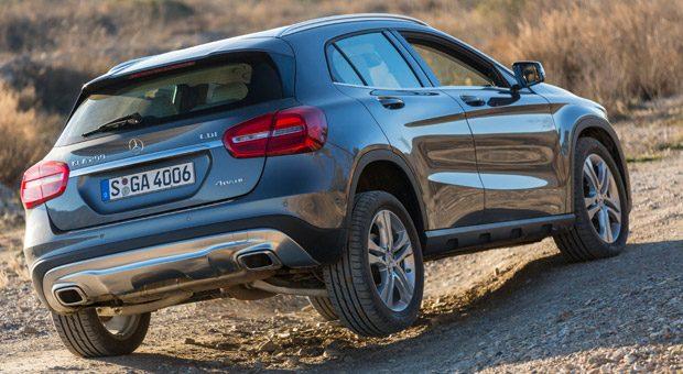 Für zahlreiche Pkw gelten neue Typklassen in der Kfz-Versicherung, wie zum Beispiel für den Mercedes GLA 200.