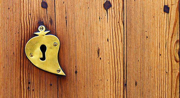 Welcher Schlüssel passt wohl in dieses Schloss?  Und welche Keywords passen wohl zu meiner Internetseite?