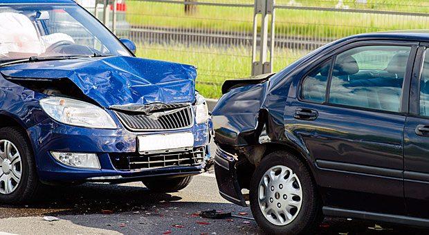 Nach einem Unfall fürchten viele Autofahrer eine Rückstufung in der Schadenfreiheitsklasse.