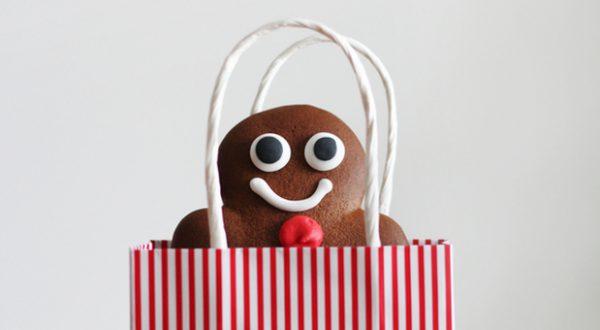 Haben am Ende wirklich alle gute Laune? Sogar beim Thema Weihnachtsfeier gibt es einige Regeln zu beachten.