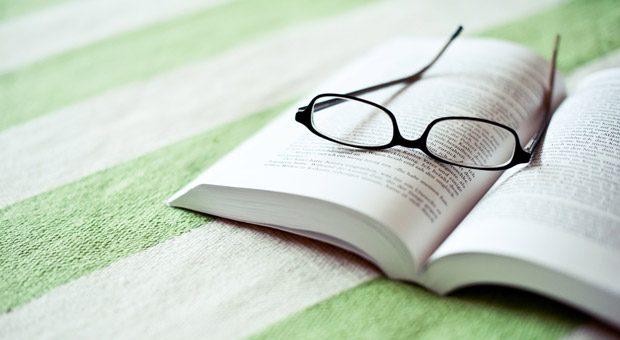 Welche Bücher sollten Sie 2017 lesen? Drei Tipps von unserem Buchexperten Claus G. Schmalholz.