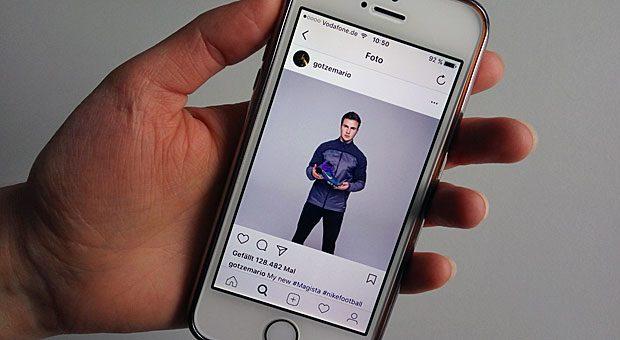 Der Sportmodehersteller  Nike hat sich Mario Götze als Influencer gesucht. Der Fußballer postet regelmäßig Bilder mit Nike-Kleidung auf seiner Instagram-Seite. Damit erreicht das Unternehmen alle 8,2 Millionen Follower des Kickers.