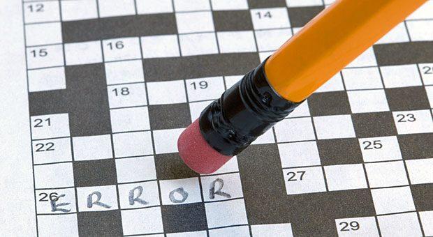 Einfach ausradieren, was nicht passt? So einfach lassen sich Fehler in der Rätselproduktion nicht vertuschen. Fehler vermeiden ist daher das oberste Gebot für Annette Timm und ihre Mitarbeiter.