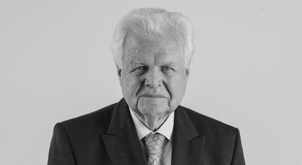 Kurt Stürken, 82, ist geschäftsführender Gesellschafter des Leuchtturm Albenverlags aus Geesthacht. Sein größter Fehler: Kurzsichtigkeit bei Investitionen.