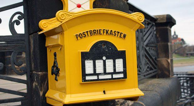 Einfach in den Briefkasten stecken? Ganz so leicht ist es leider nicht, Newsletter zu verschicken.