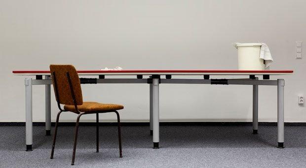 """""""Bitte räumen Sie Ihren Schreibtisch"""" - damit eine ordentliche Kündigung gut über die Bühne geht, bedarf es vom Arbeitgeber mehr als diesen Satz."""