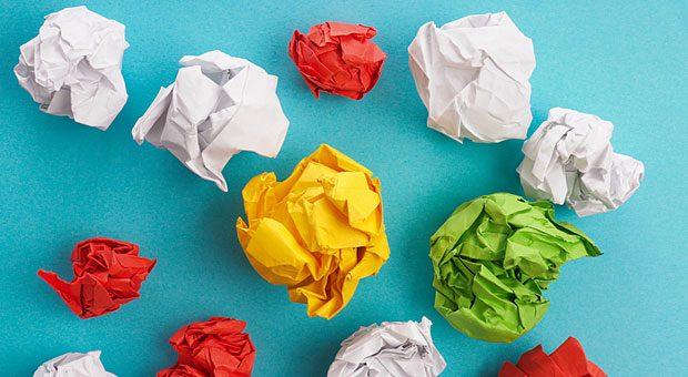 Die Zusammenarbeit mit Freiberuflern kostet Unternehmer oft Nerven. Wer jede ihrer Ideen am liebsten sofort in den Papierkorb werfen würde, sollte sich aber mal fragen: War das Briefing vielleicht ungenau?