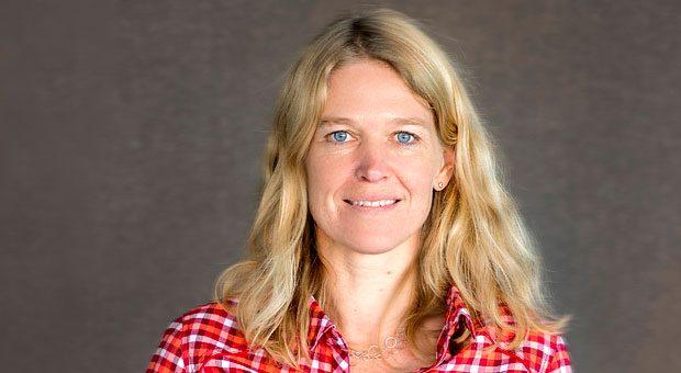 """""""Ich möchte Skeptikern zeigen, dass die Integration von geflüchteten Menschen auch wirtschaftlich sinnvoll ist"""", sagt Vaude-Chefin Antje von Dewitz. Sie beschäftigt neun Flüchtlinge."""