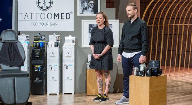 TattooMed-Gründer Jenny Fischer und Janusz Hermann haben eine Pflegeserie für tätowierte Haut entwickelt. Ihre Produkte sollen zum Beispiel verhindern, dass Tattoos verblassen.