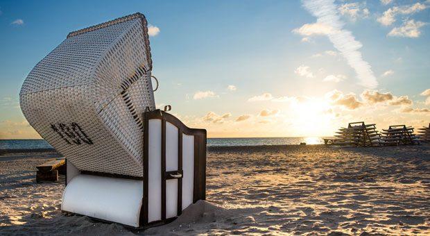 Eine Woche länger am Strand bleiben? Unbezahlter Urlaub bietet  Mitarbeitern die Chance, den Jahresurlaub zu verlängern.