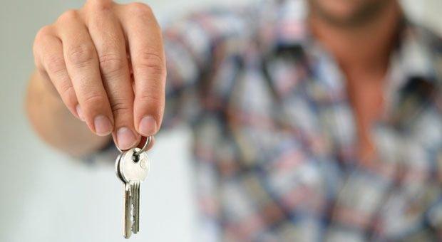 Wenn Sie Ihre Eigentumswohnung vermieten, geben Sie mit dem Schlüssel nicht die Verantwortung ab.