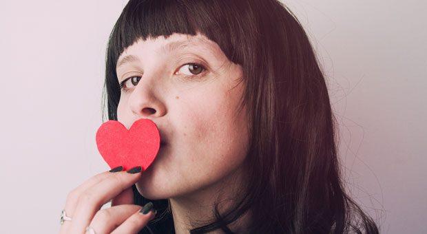 Was bei romantischen Dates gefragt wird, kann man oft auch bei geschäftlichen Treffen fragen - um sich die Liebe der Kunden zu sichern.
