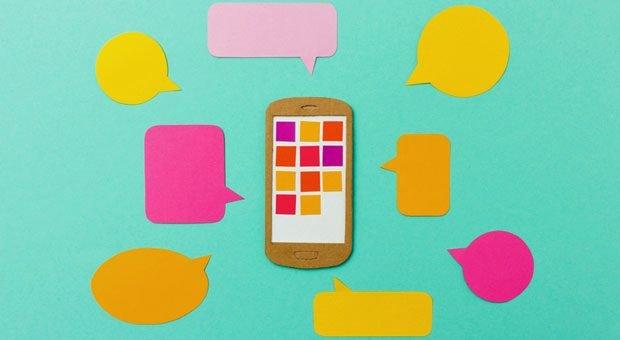 Mit WhatsApp Business kommen die Anfragen von Kunden direkt aufs Handy –  und alle wollen beantwortet werden.