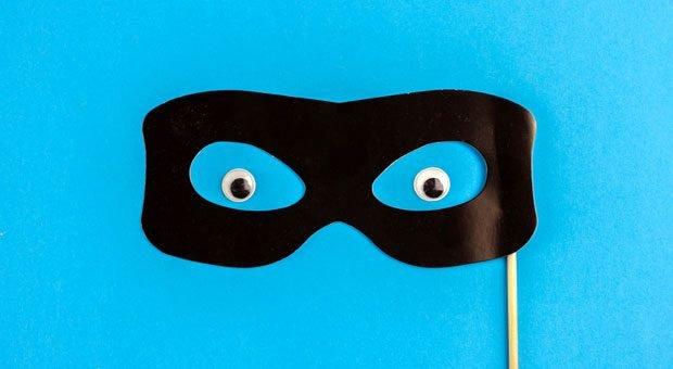 Wir schlüpfen immer wieder in andere Rollen, setzen andere Masken auf. Kann man dabei überhaupt authentisch bleiben?