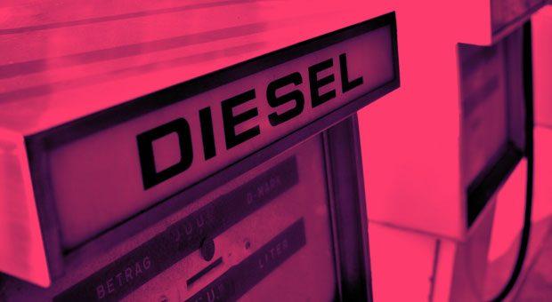 Alarmstufe Rot für alle, die Diesel tanken: 2019 werden Diesel-Fahrverbote ausgeweitet.