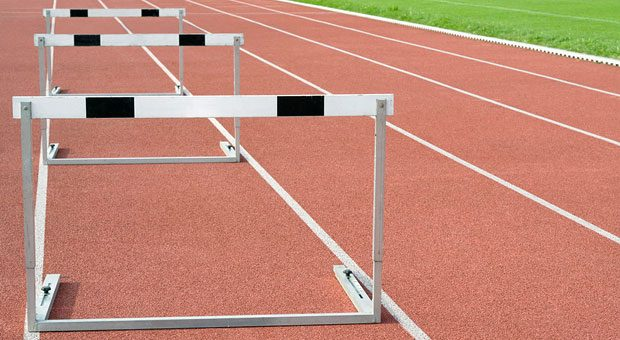 Bei der WOOP-Methode beschäftigt man sich mit den Hürden, die einem Ziel im Wege stehen.