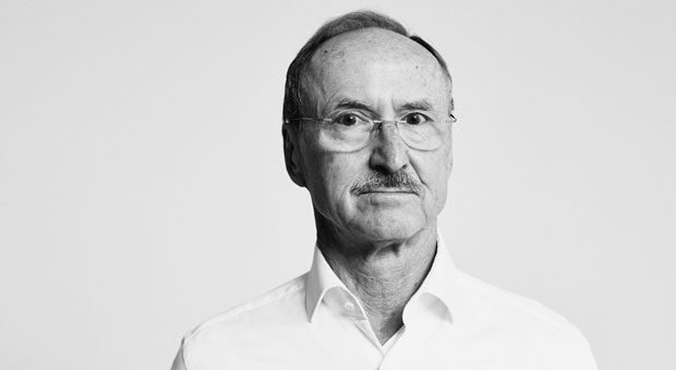 Josef Glöckl, 74, Gründer von aeris, entwickelte einen rückenschonenden Stuhl. Die Vermarktung trieb ihn fast in den Ruin.
