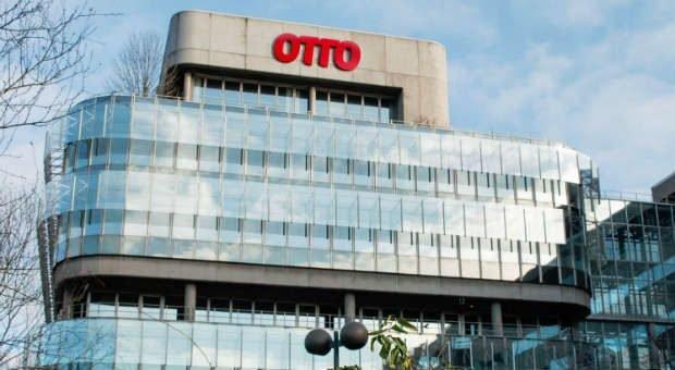 In der Zentrale der Otto Group werden konkrete Ideen vorgestellt, wie die Digitalisierung mit einem Kulturwandel im Unternehmen gelingen kann.
