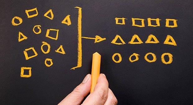 Übersicht statt Zuständigkeiten-Chaos: Die RACI-Matrix hilft Teams, ihre Arbeit zu strukturieren.