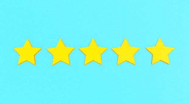 Sternstunde! Wer es schafft, Kundenbewertungen zu optimieren, sichert sich unternehmerischen Erfolg.