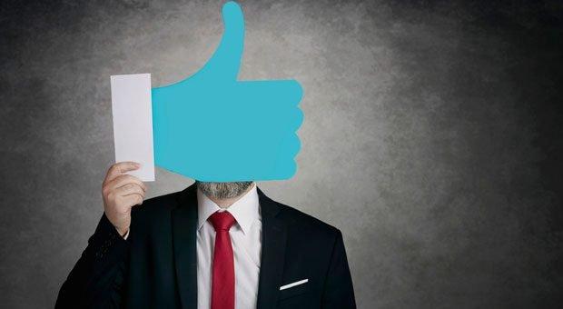 Daumen hoch! Endlich gibt es eine Möglichkeit, Facebook-Fanpages datenschutzkonform zu betreiben.