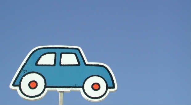 Autoapps sollen das Fahren angenehmer machen.