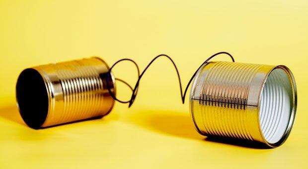 Zuhörer fesseln, damit sie aufmerksam zuhören: Das geht, wenn Sie vier Fehler vermeiden.