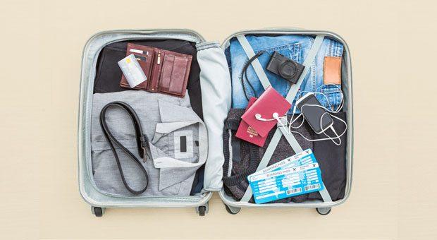 In den Koffer für die Dienstreise ins EU-Ausland gehört unbedingt eine A1-Bescheinigung.