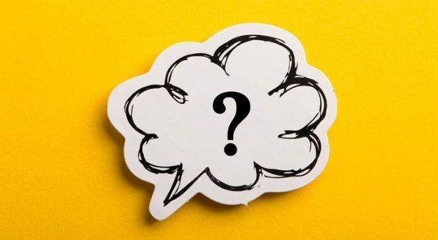 Nie wieder anschweigen: Wer lernt, Gespräche  mit geschickten Fragen in Gang zu halten, ist gewappnet.