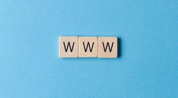 Wer will ins World Wide Web? Mit einem Gäste-WLAN können Unternehmen bei Kunden punkten.