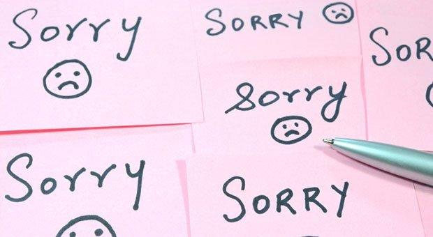 Sorry, sorry, sorry: Wer sich ständig entschuldigt, macht sich klein - und nervt irgendwann sein Umfeld.