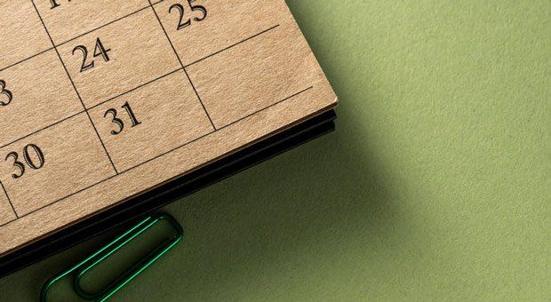 Wann war das noch gleich? Ein Blick auf den Kalender zeigt: Die Brückentage 2020 sind rar gesät.